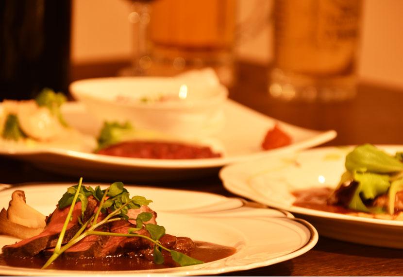 和洋折衷のオリジナル・コース料理をお楽しみください